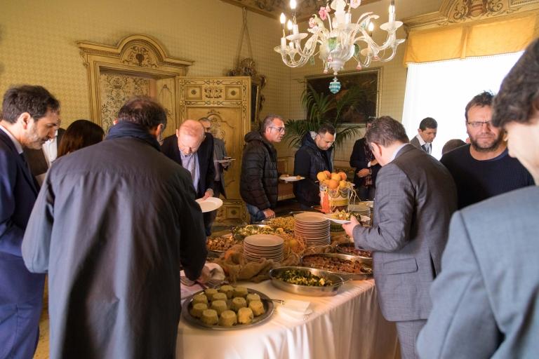 Lunch Time @ Villa Niscemi